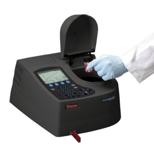 AQ8000-AquaMate-UV-Vis-Spectrophotometer.png-650